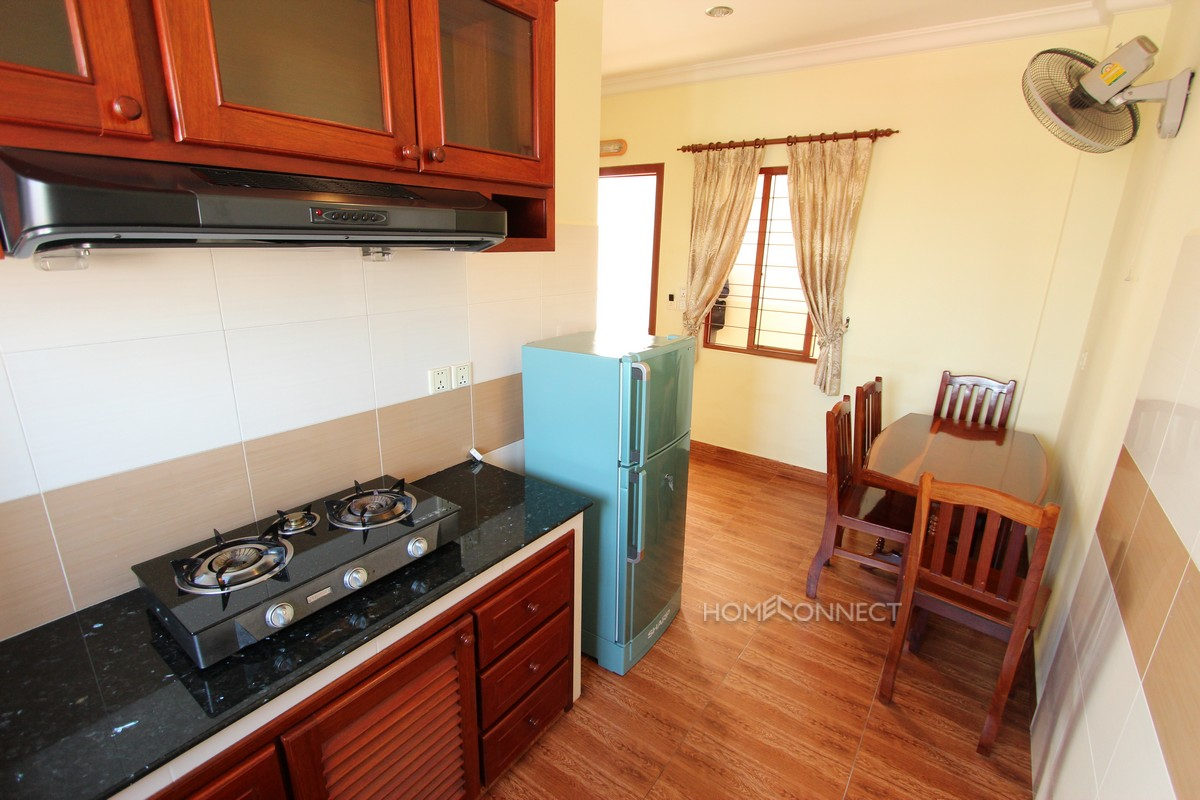 Riverside Studio Apartment in Daun Penh
