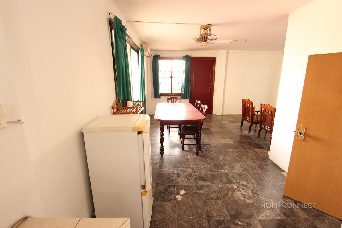 Large balcony 2 bedroom apartment in BKK1 | Phnom Penh
