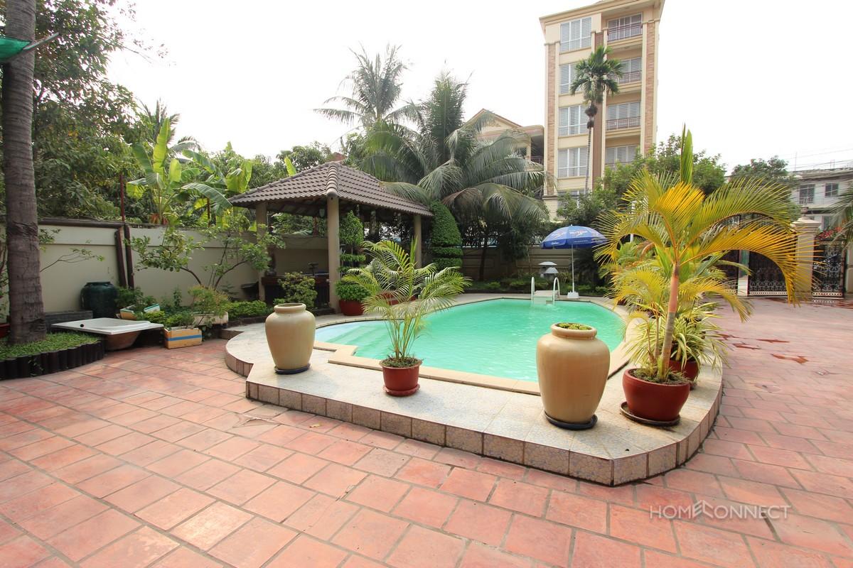 Villa with Swimming Pool in Toul Kork   Phnom Penh