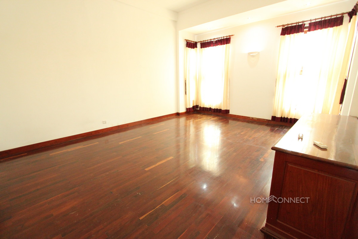 Enormous 8 Bedroom Villa in Toul Kork | Phnom Penh