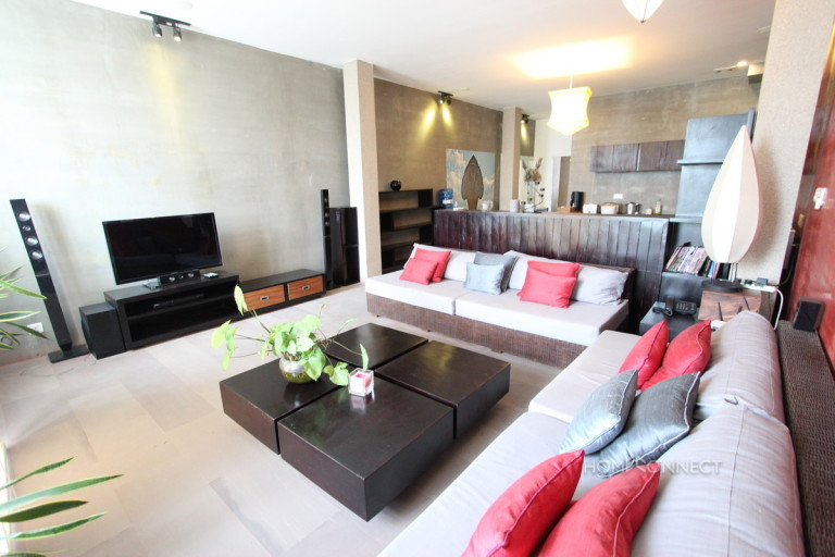 Beautiful 2 Bedroom Apartment in Tonle Bassac   Phnom Penh