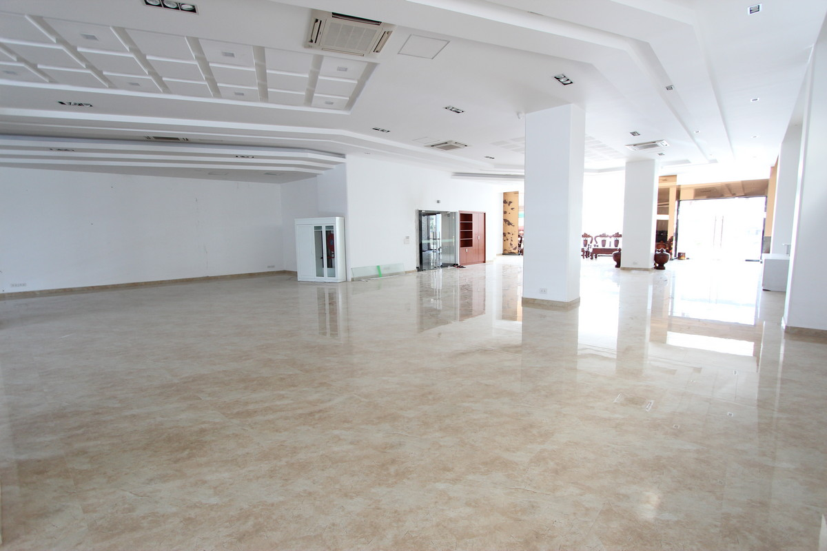 Large Retail Space On A Major Boulevard Near Russian Market | Phnom Penh