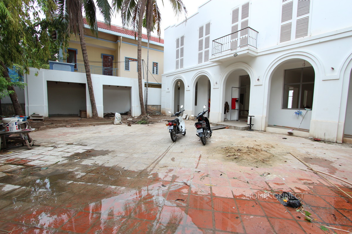 Renovated 6 Bedroom Villa in Tonle Bassac | Phnom Penh