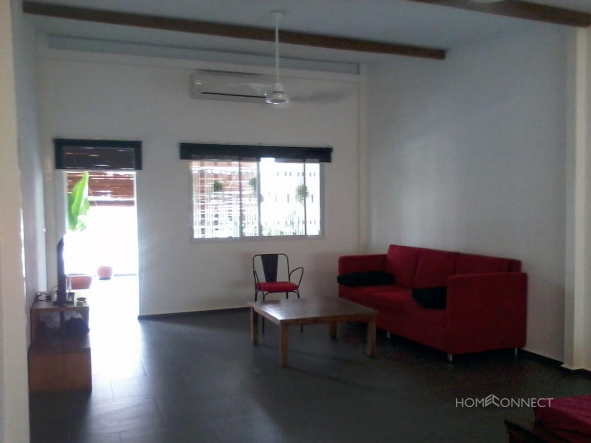 Large Terrace 1 Bedroom Apartment Near Central Market | Phnom Penh Real Estate