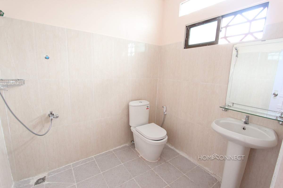 Large and Spacious Apartment Near the Russian Market   Phnom Penh Real Estate