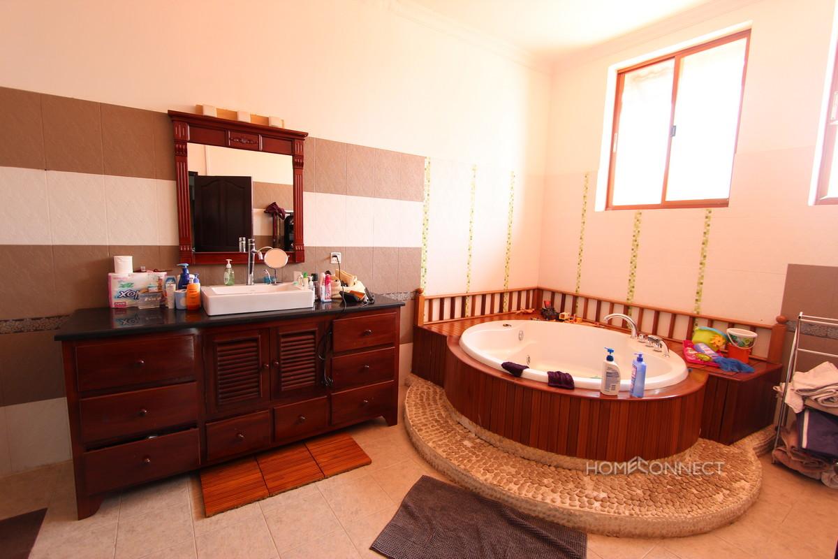 Private Pool 5 Bedroom Villa For Rent In Chroy Chungva | Phnom Penh Real Estate