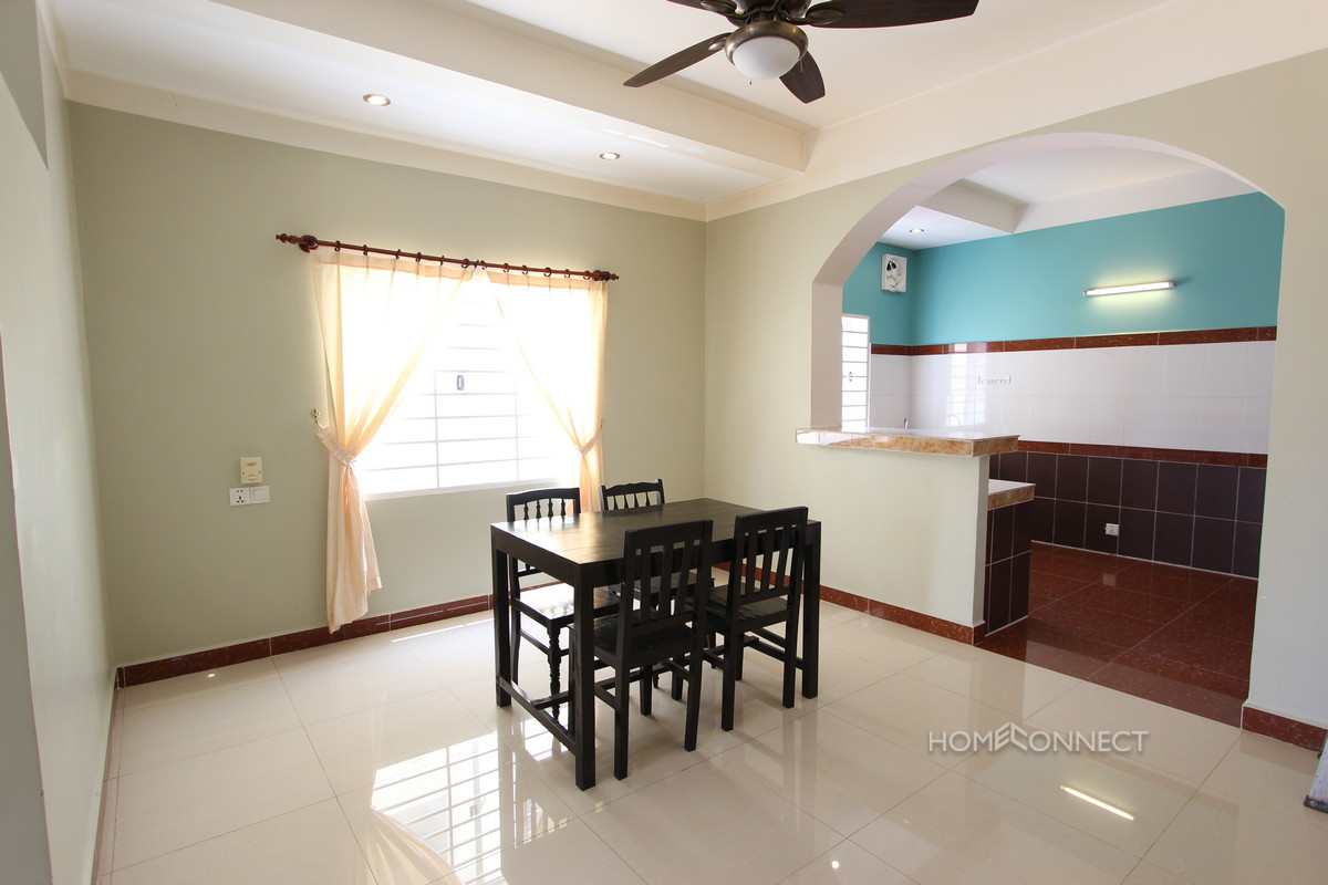 Spacious 1 Bedroom 1 Bathroom Apartment near Independence Monument | Phnom Penh Real Estate