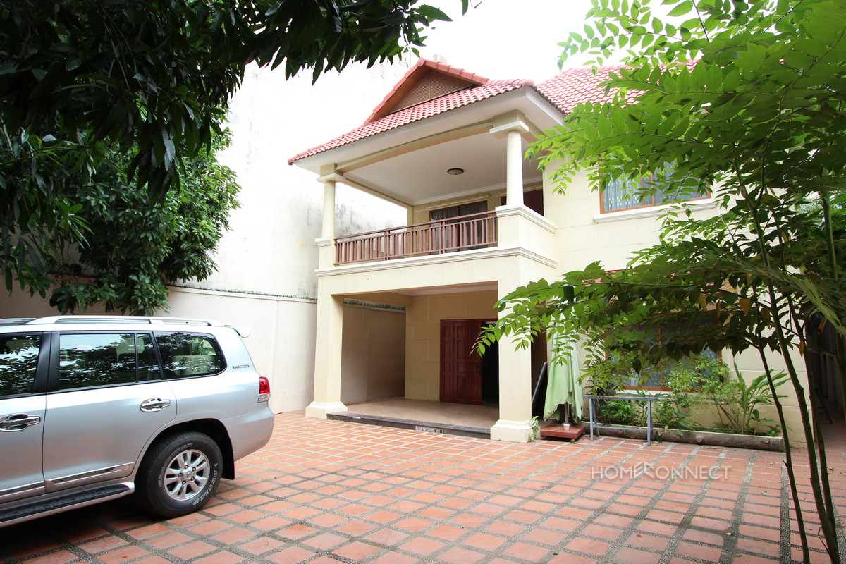 Western Style 4 Bedroom Villa Near Independence Monument | Phnom Penh Real Estate