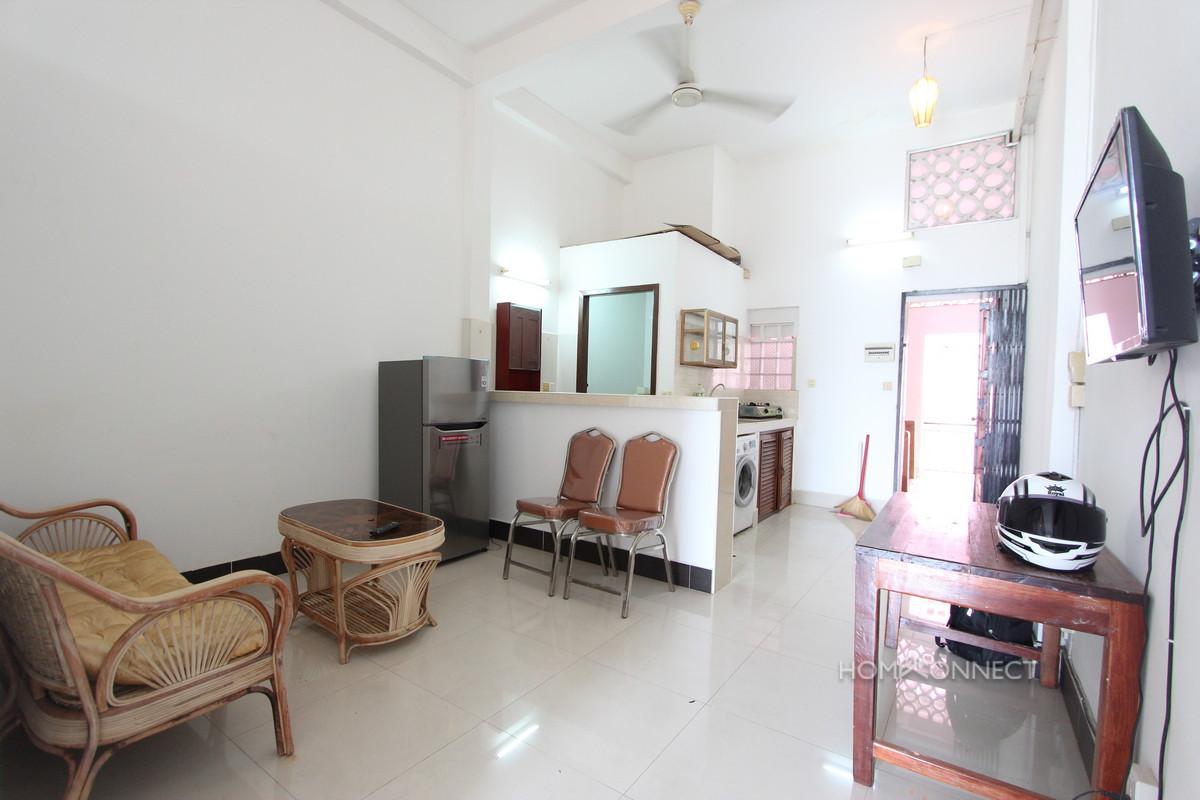 Budget 2 Bedroom 1 Bathroom Apartment for Rent Near Old Market | Phnom Penh Real Estate