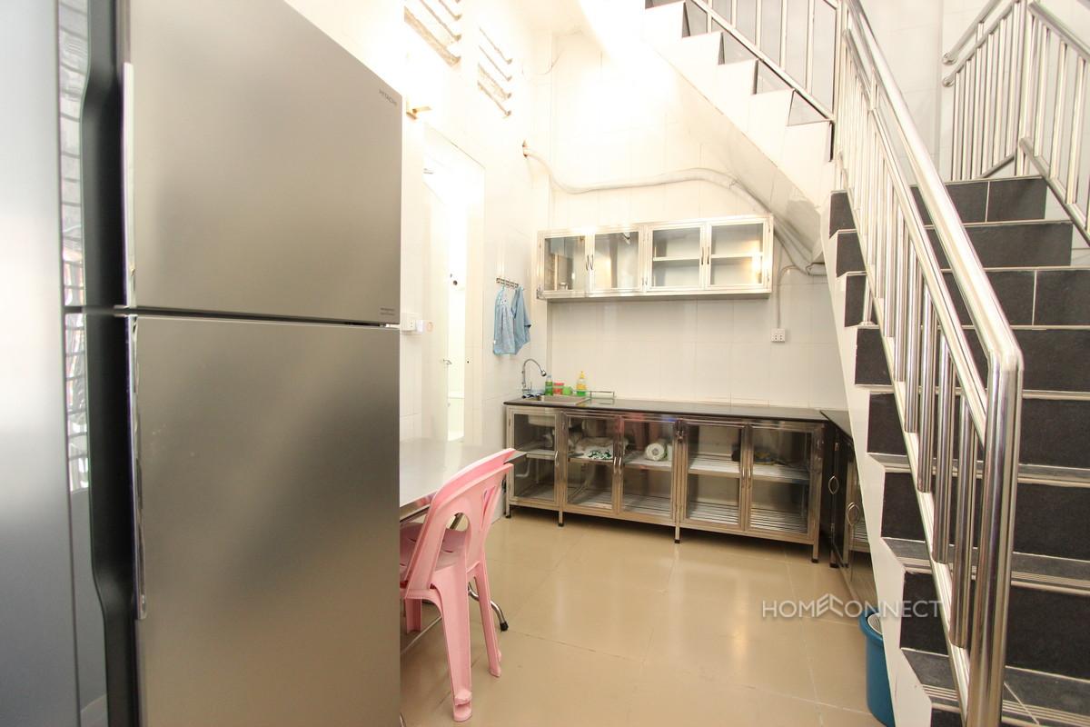 Comfortable 2 Bedroom 2 Bathroom Apartment for Rent in Daun Penh   Phnom Penh Real Estate