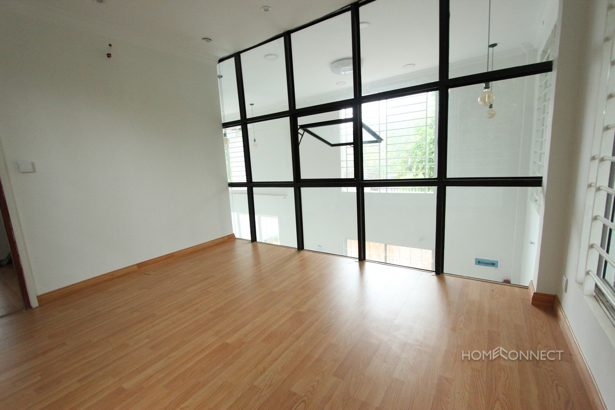 Modern 4 Bedroom Family Villa For Sale in Prek Eng | Phnom Penh Real Estate