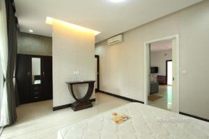 Central 1 Bedroom Apartment in BKK1 | Phnom Penh Real Estate